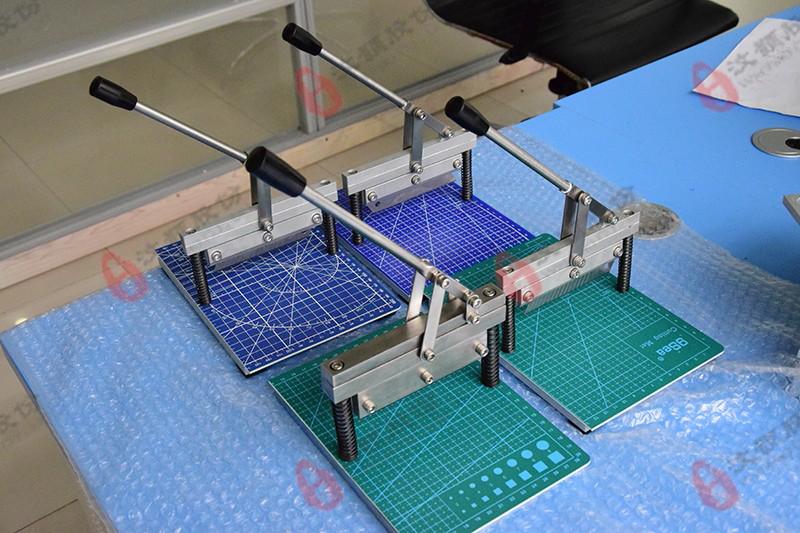 PDMS芯片切割机效果图