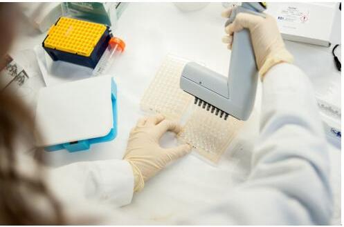 微流控设备用于新冠肺炎抗体测试